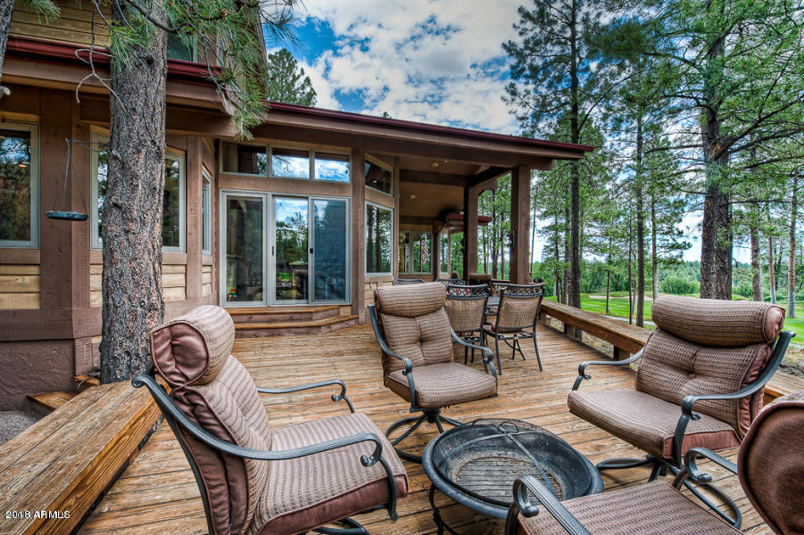 Spacious Back Deck with Various Seating