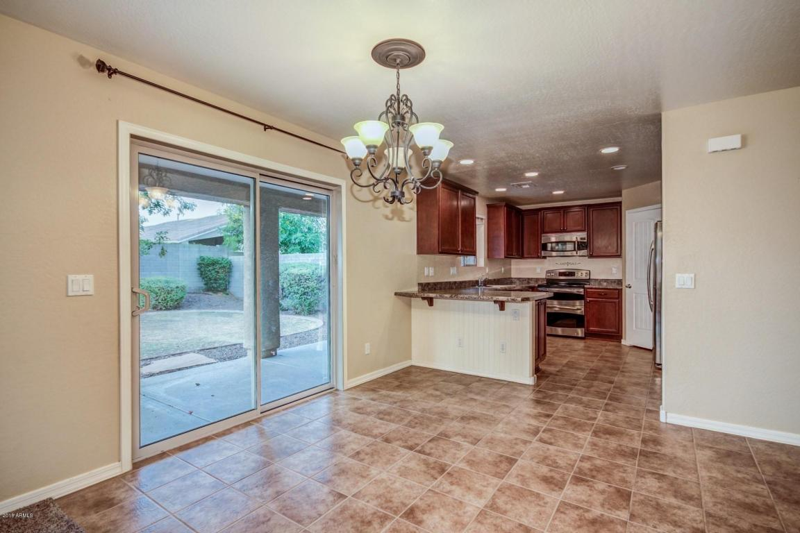 13930 W BANFF Lane, Surprise, Arizona image 5