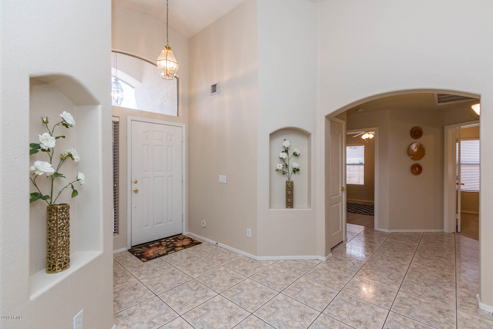 Entry - Hallway to Bedrooms