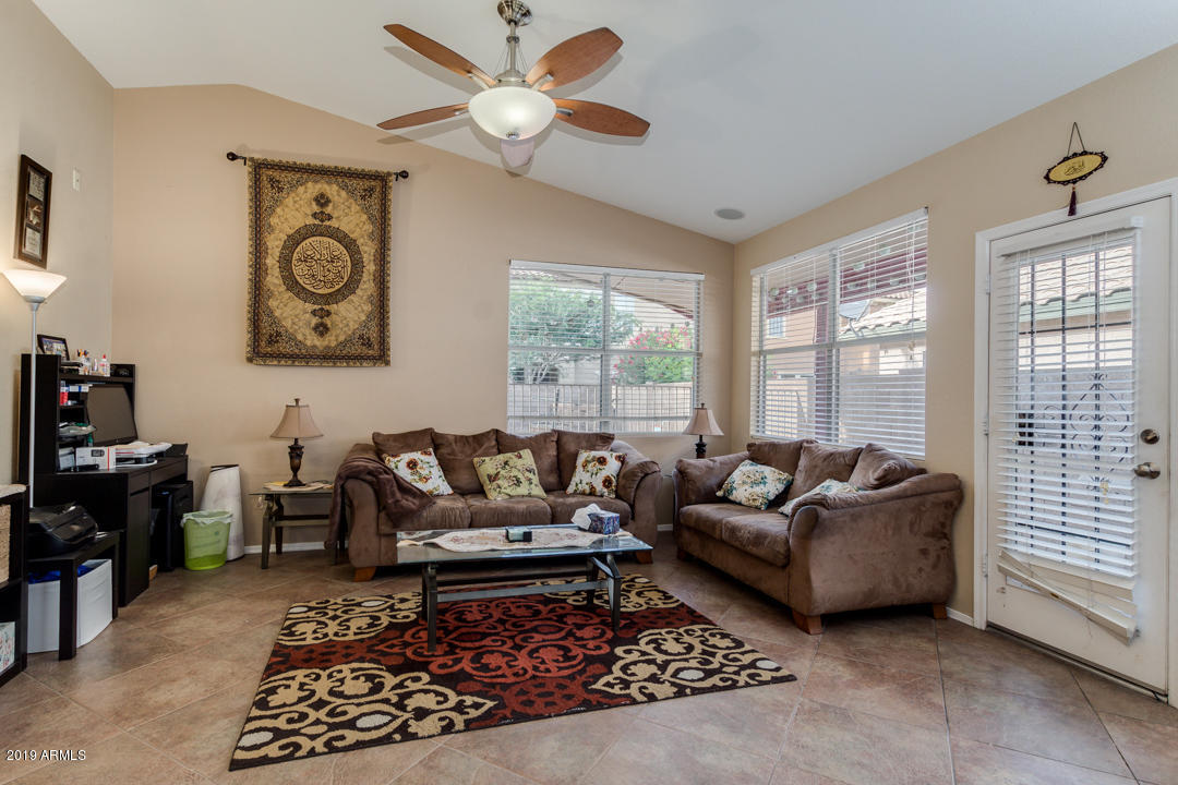 FAMILY ROOM IN THE CENTER OF THE HOME