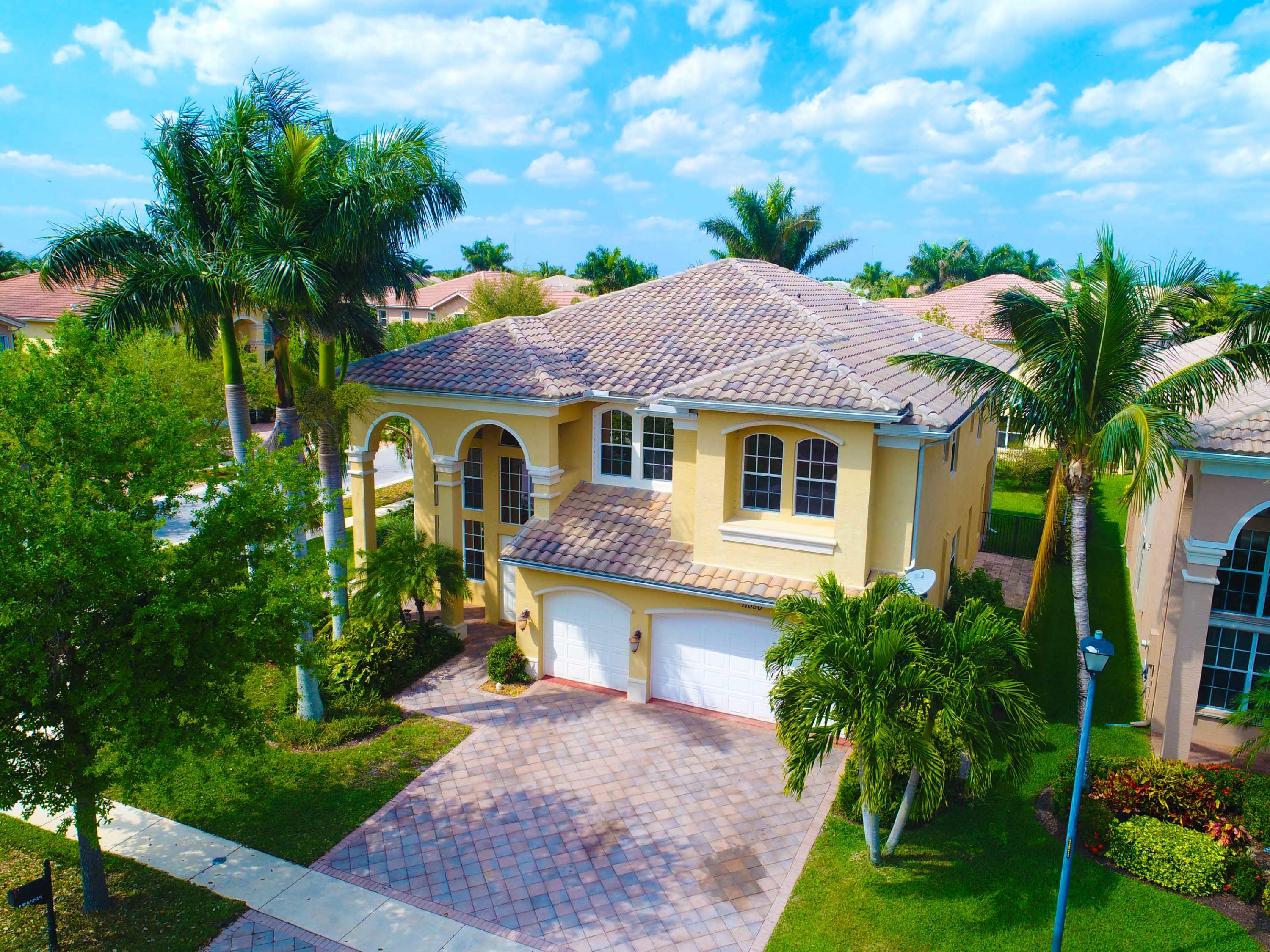 Awesome 620 Homes Boynton Beach Florida 5 Bedroom Homes For Rent Download Free Architecture Designs Viewormadebymaigaardcom