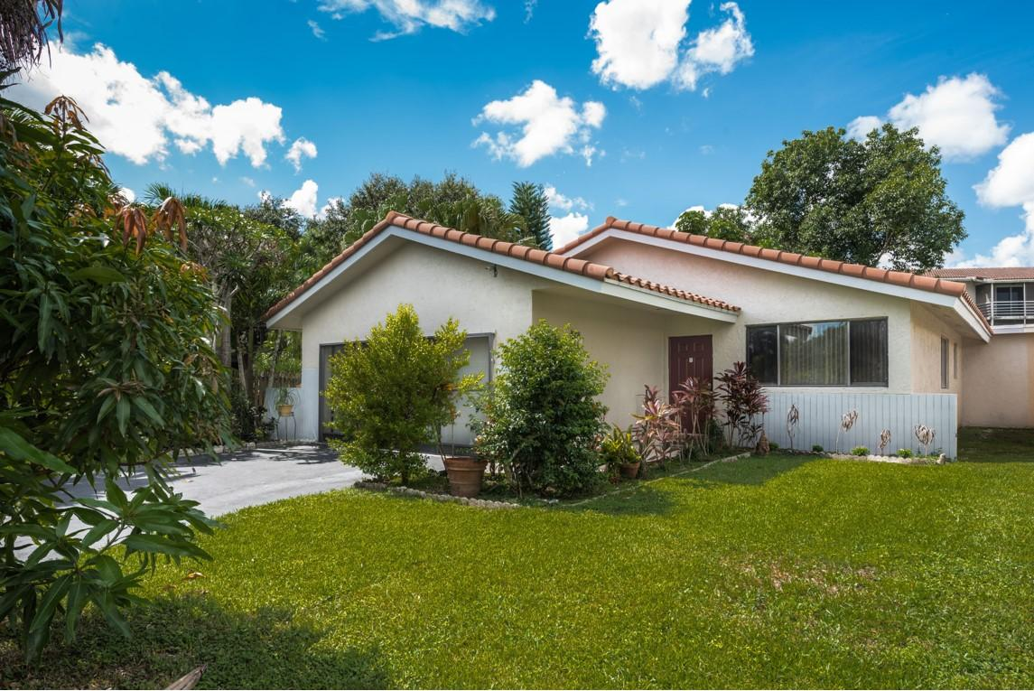 11680 NW 23rd Street, Coral Springs, Florida image 1