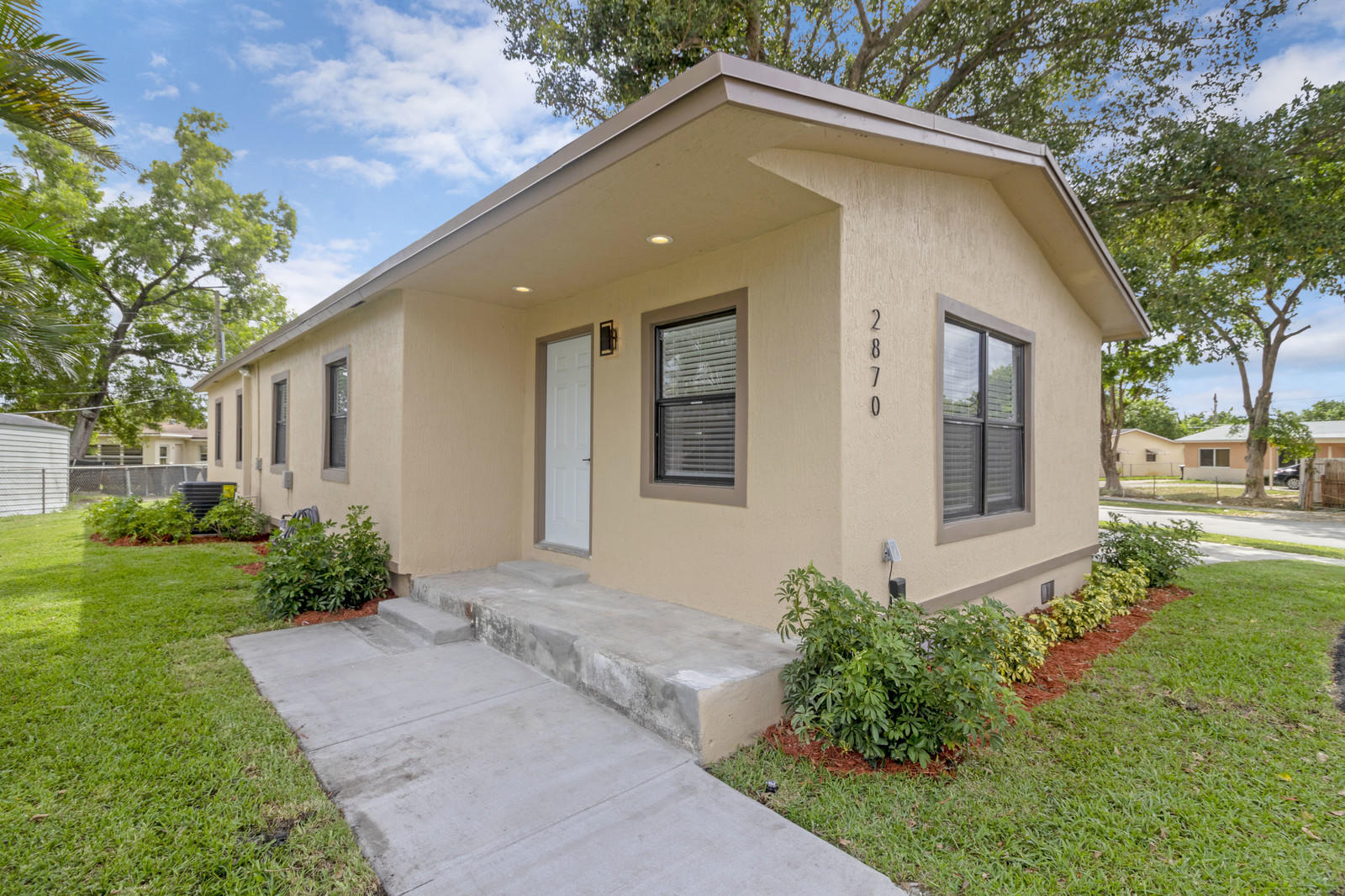 2870 NW 23rd Street, Fort Lauderdale, Florida image 1