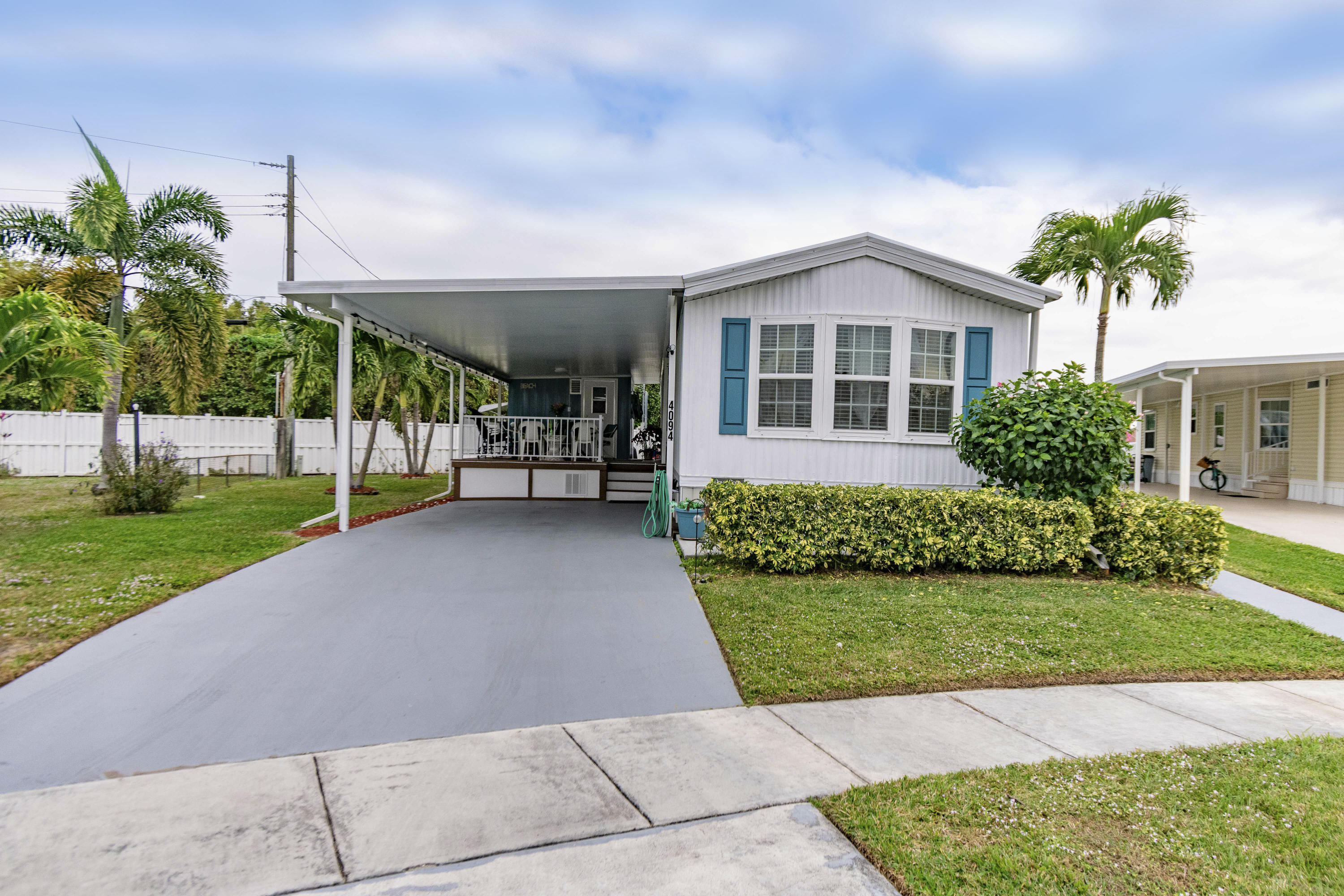 Northern Pines Mobile Home Park, Boynton Beach, Florida Single