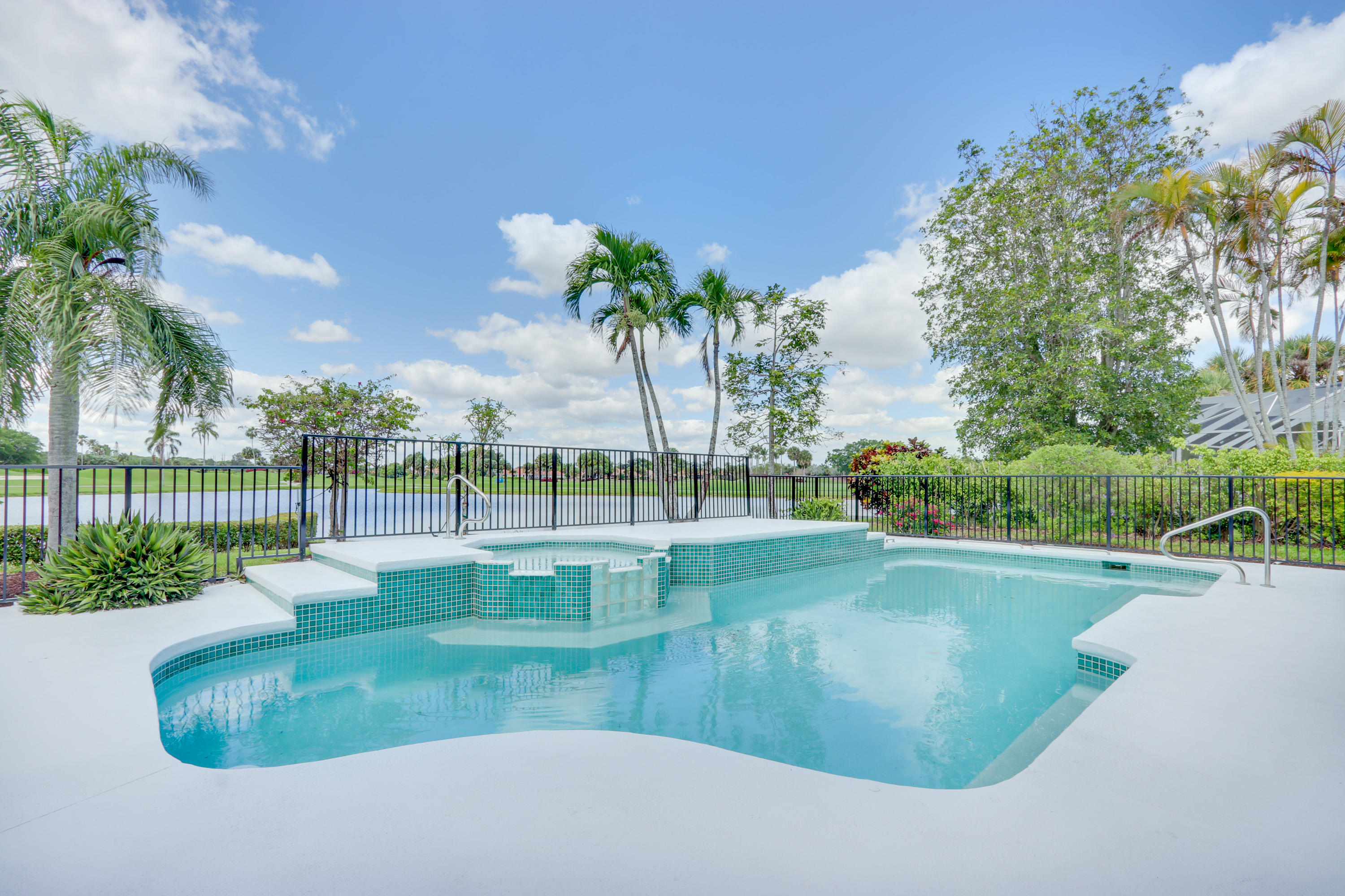 4882 Exeter Estate Lane, Lake Worth, Florida image 1