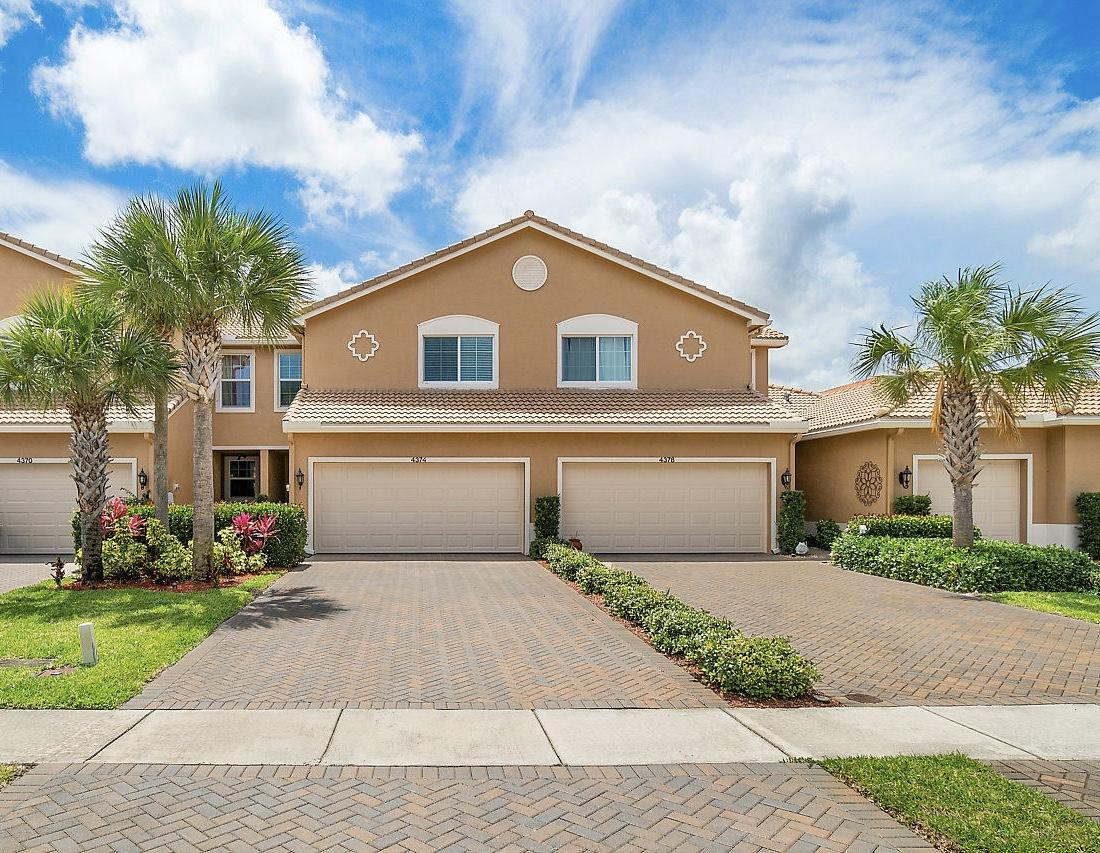 4374 Colony View Drive, Lake Worth, Florida image 2
