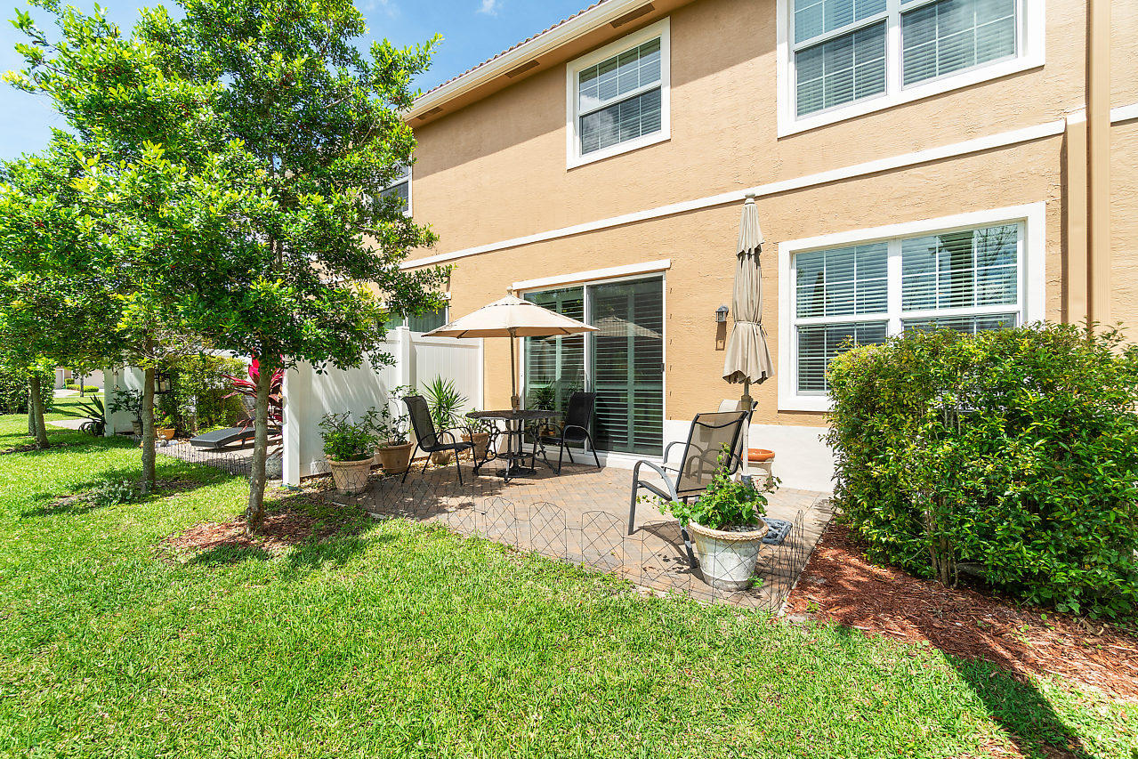 4374 Colony View Drive, Lake Worth, Florida image 32