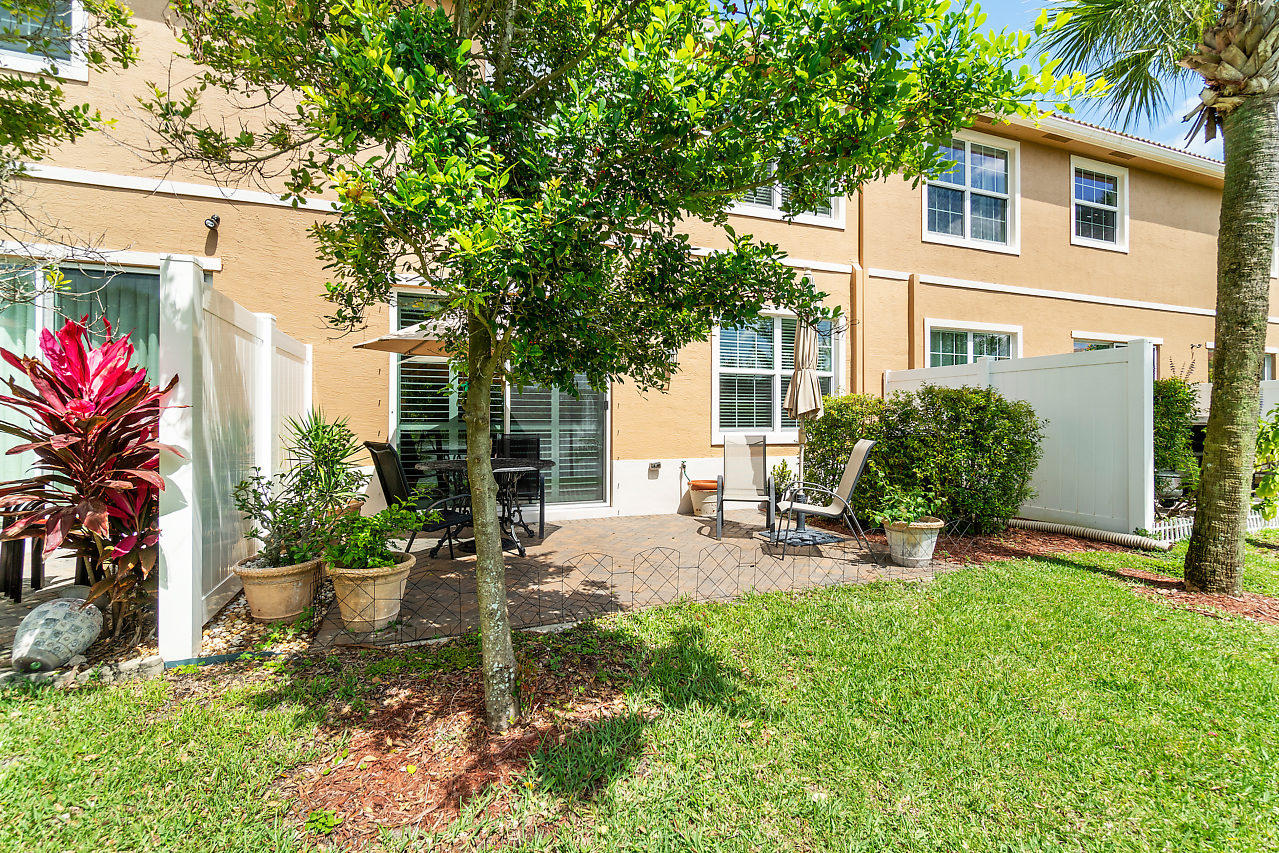 4374 Colony View Drive, Lake Worth, Florida image 33
