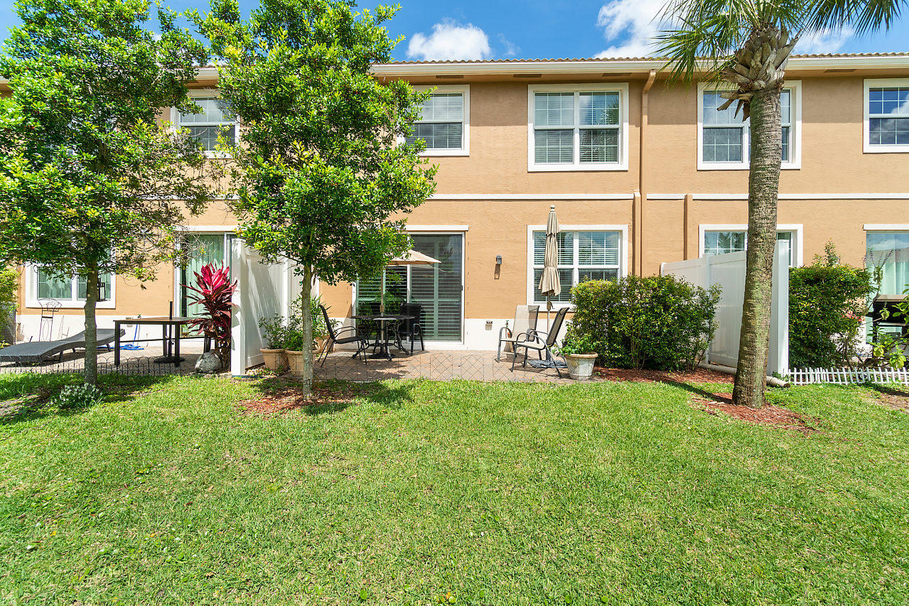4374 Colony View Drive, Lake Worth, Florida image 34