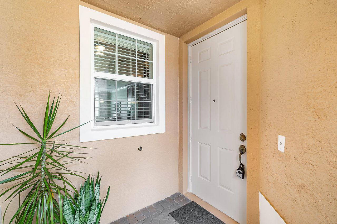 4374 Colony View Drive, Lake Worth, Florida image 5