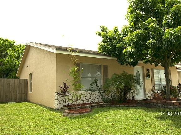 5896 Westfall Road, Lake Worth, Florida image 2