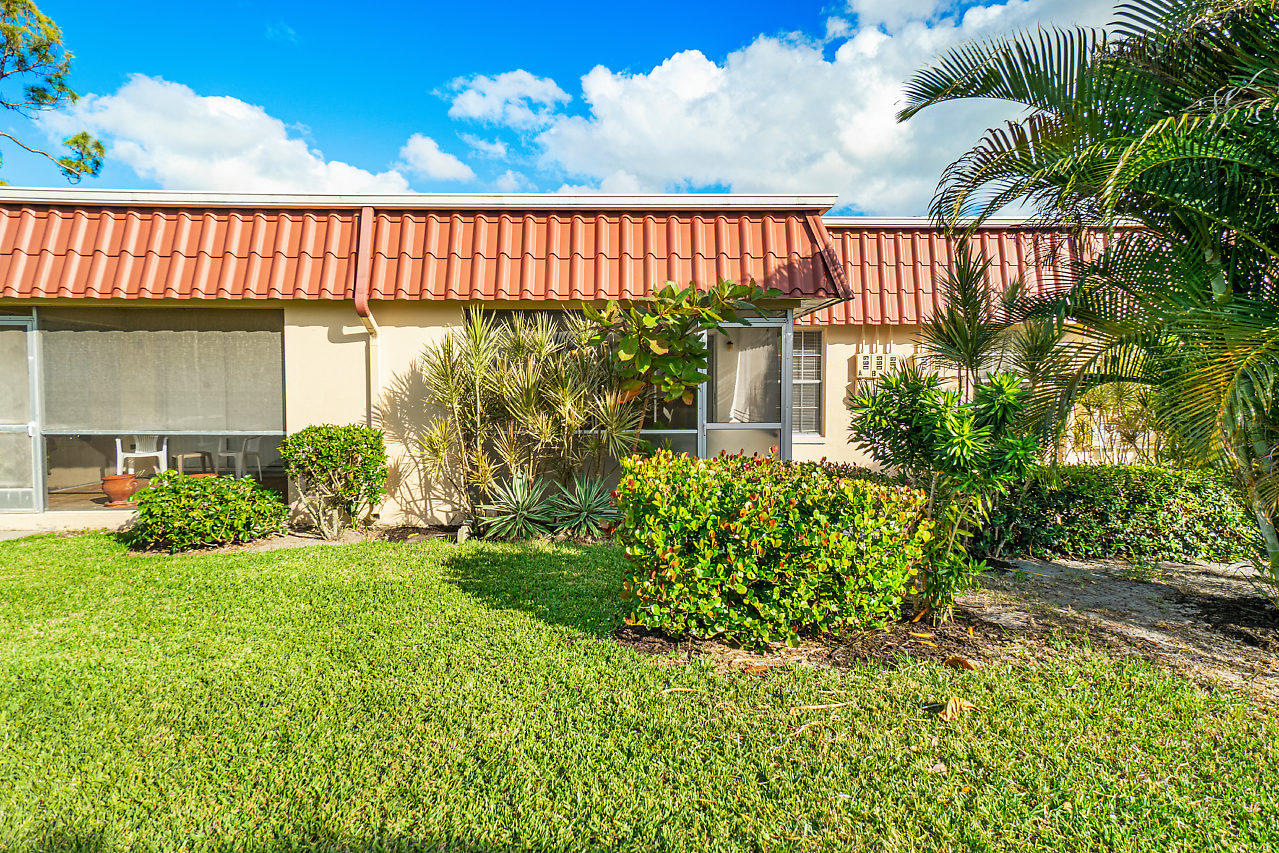024-694MarlboroOval-LakeWorth-FL-small