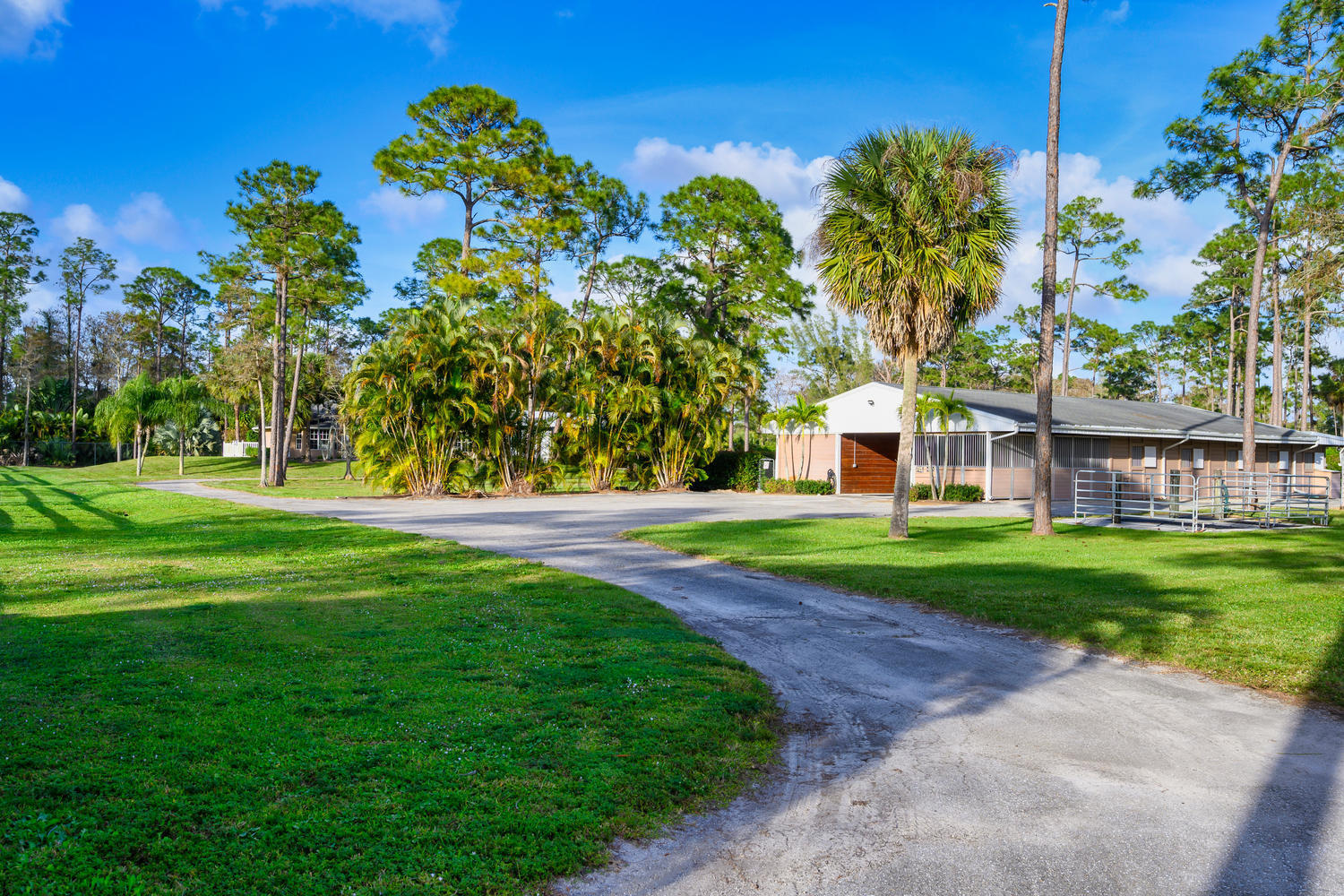 13161 11th Ln N Loxahatchee FL-large-021