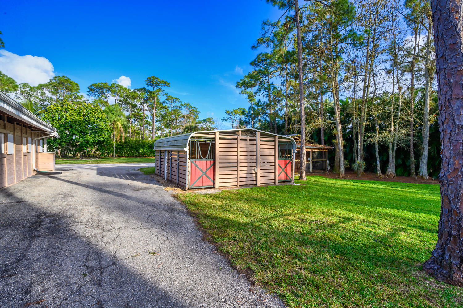 13161 11th Ln N Loxahatchee FL-large-018