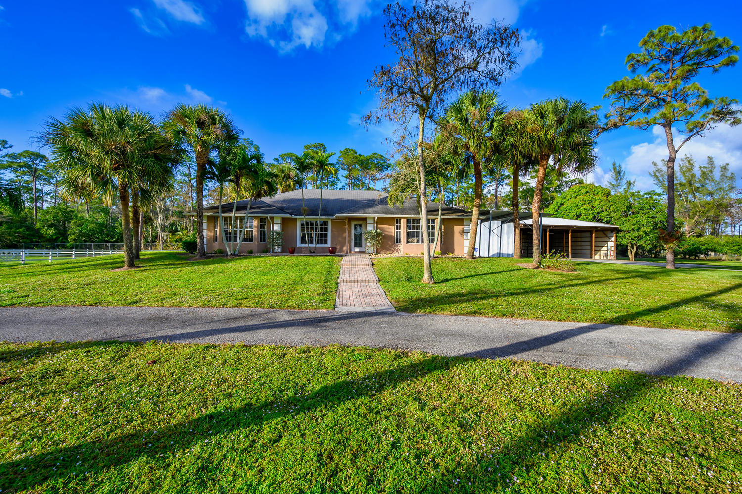 13161 11th Ln N Loxahatchee FL-large-009