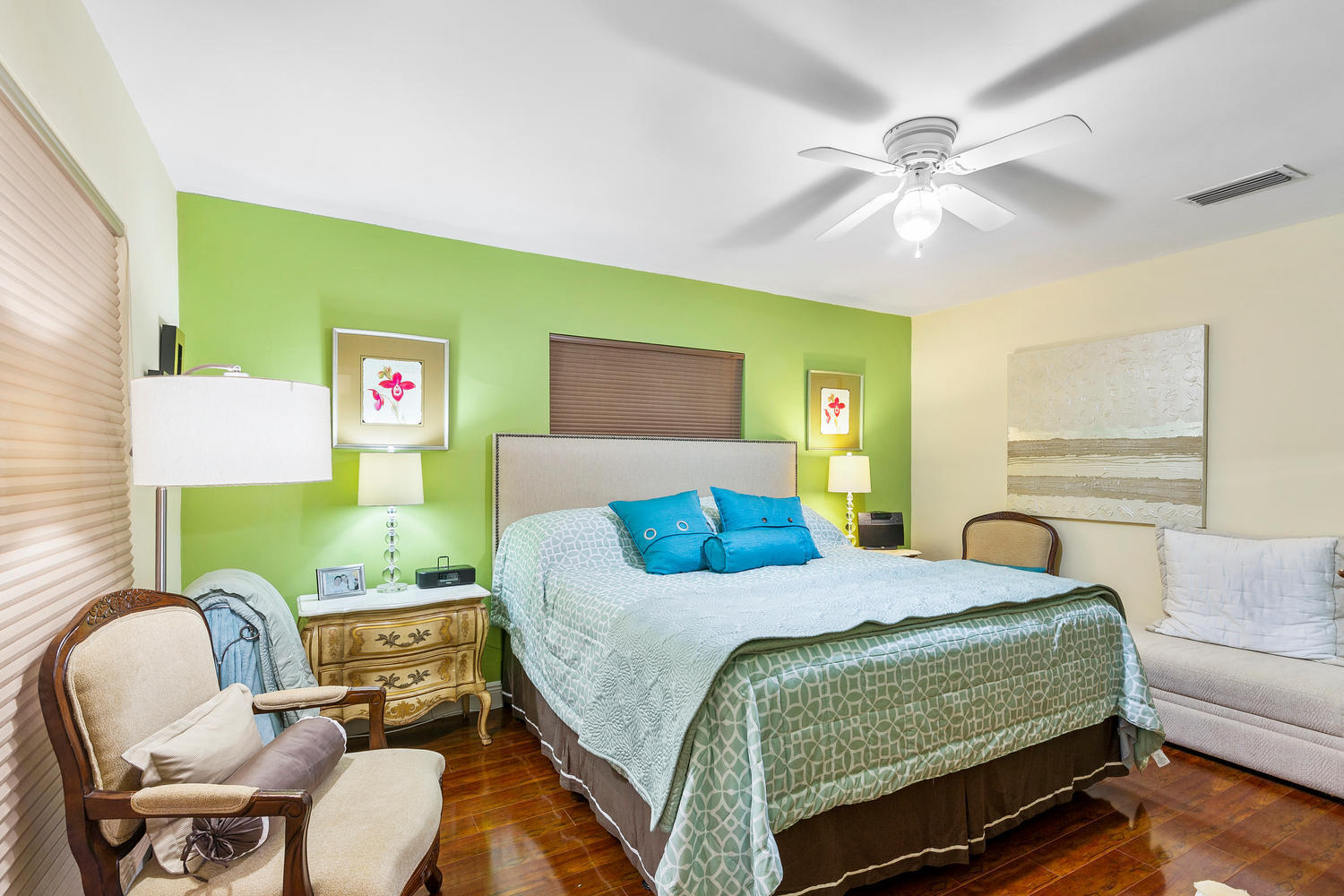 7204 NW 71st St-large-025-028-Bedroom-15