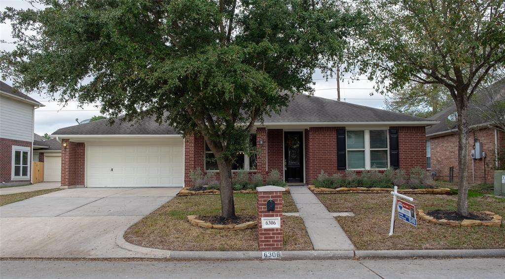 6306 Borg Breakpoint Drive , Spring, Texas image 1