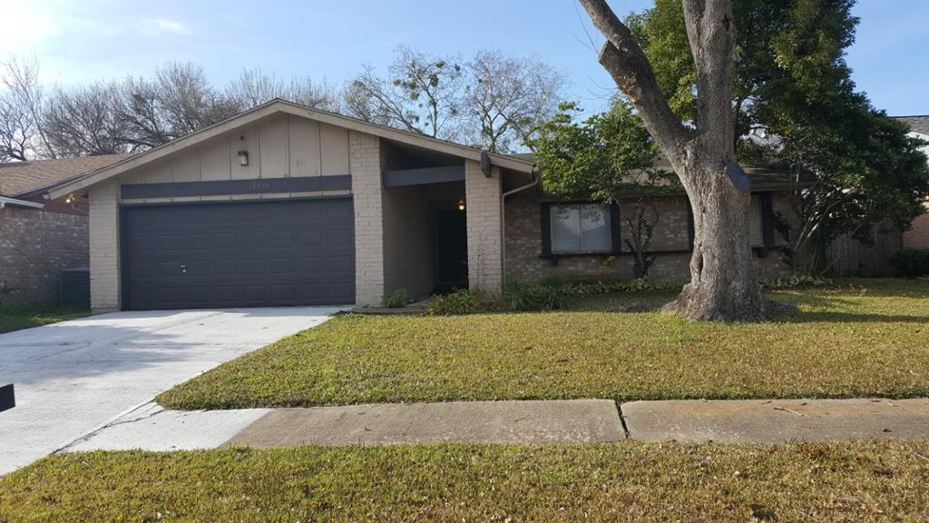 10210 Towneview Drive , Sugar Land, Texas image 1