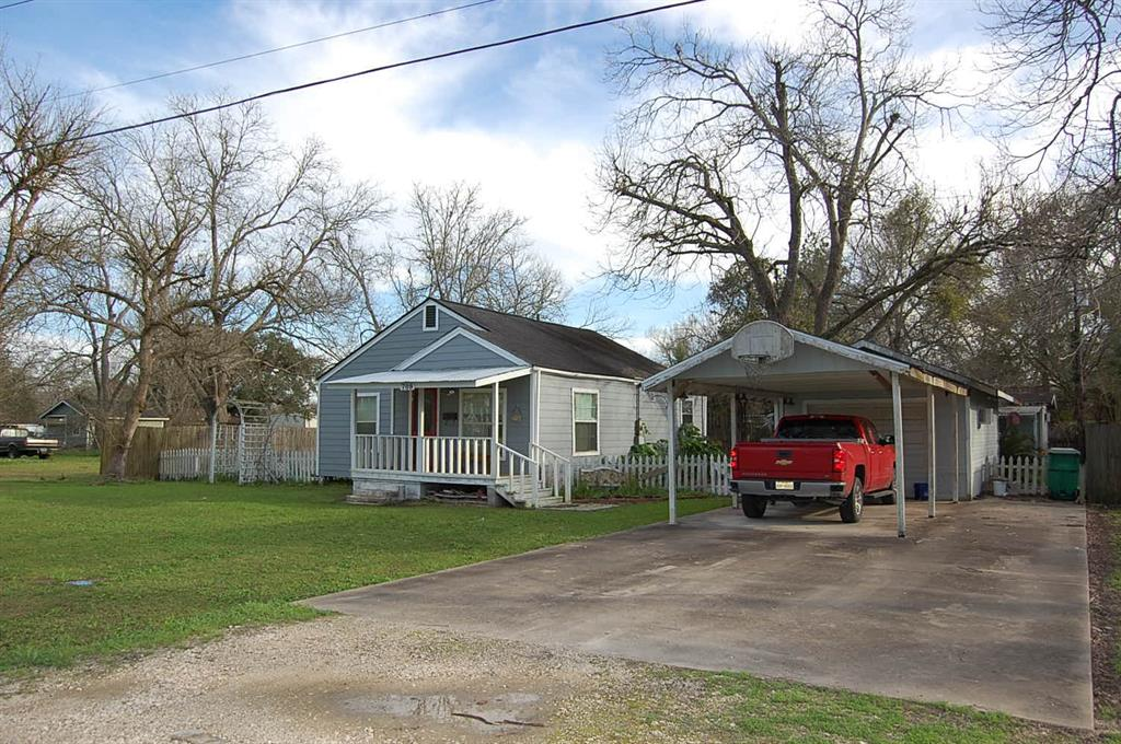 709 Blair Street , West Columbia, Texas image 1