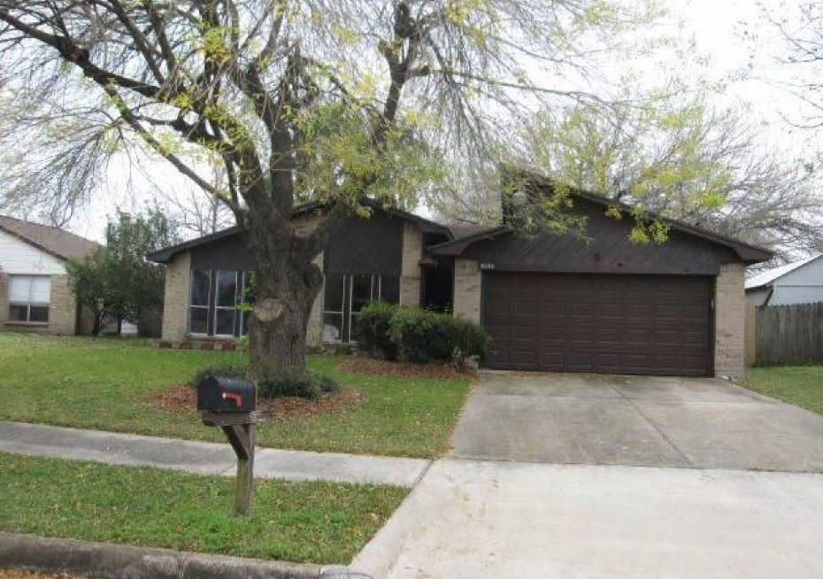 3501 Old Oaks Drive , Baytown, Texas image 1