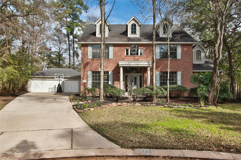 222 S Cochrans Green Circle , The Woodlands, Texas image 1