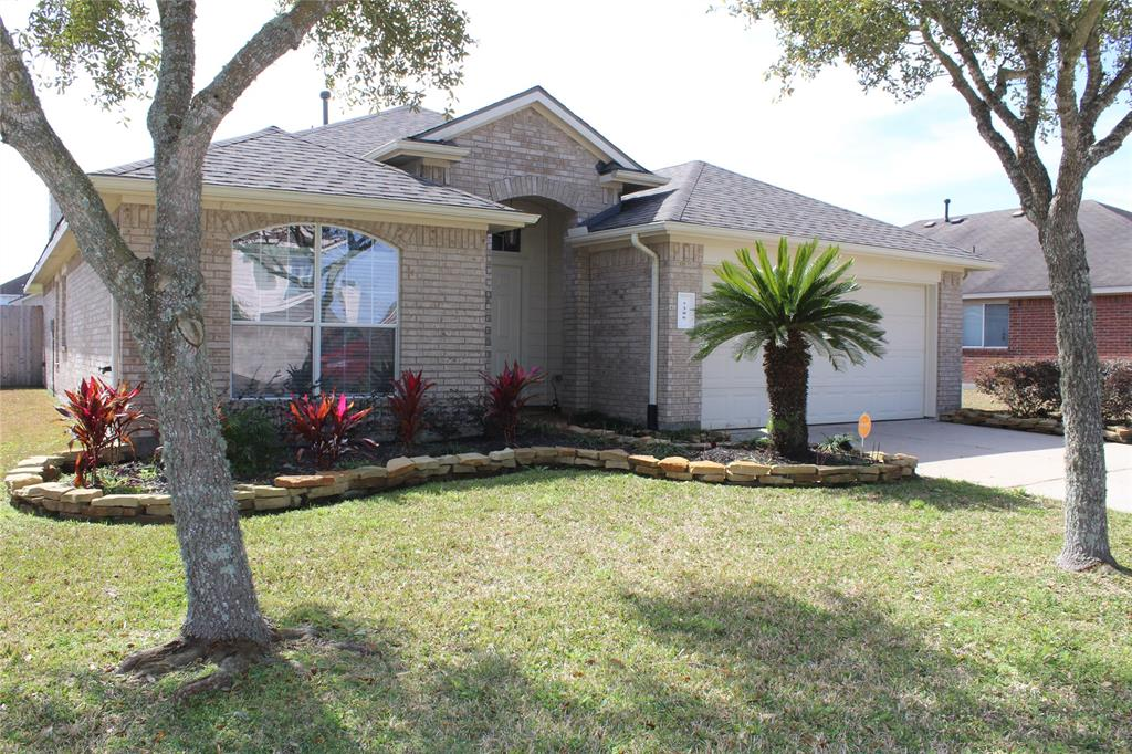 7306 Shade Court , Pearland, Texas image 1