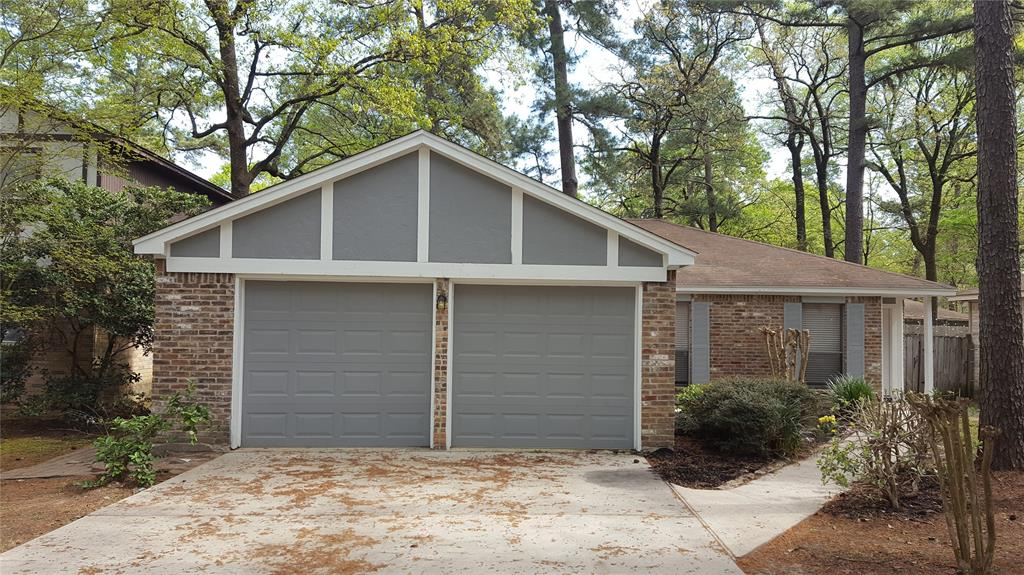 141 W White Willow Circle , The Woodlands, Texas image 1