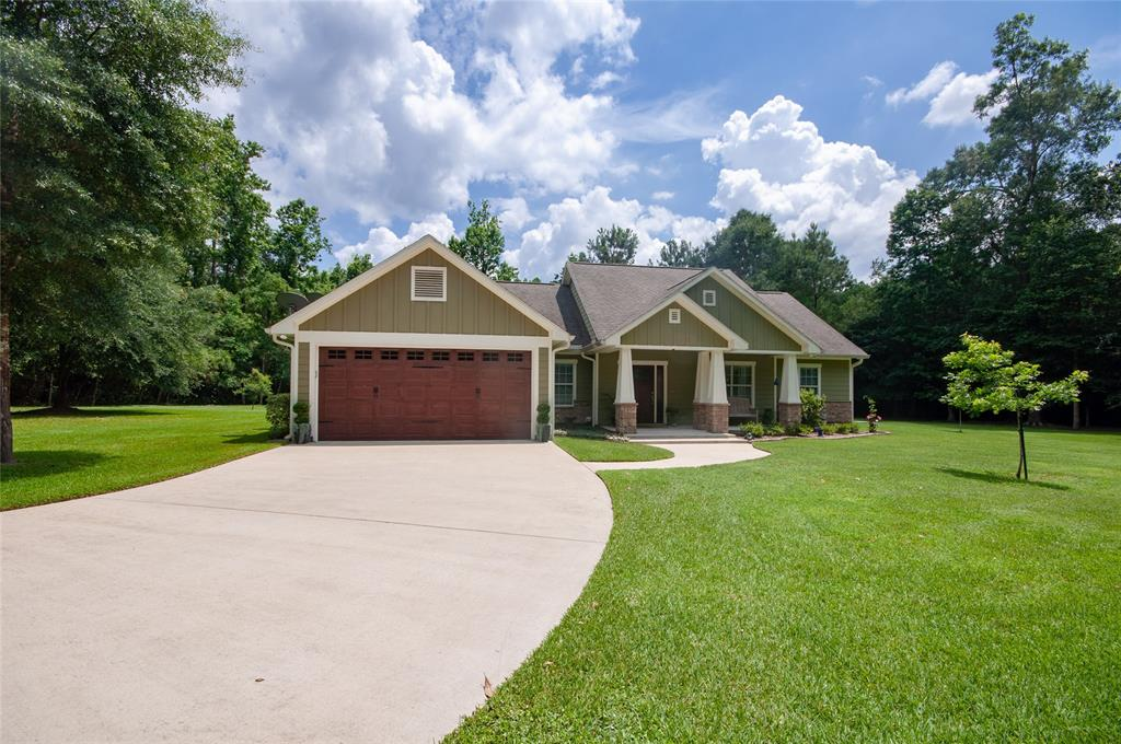 Welcome to 45 County Road 389 in Cleveland Texas!  This immaculate property will not disappoint!