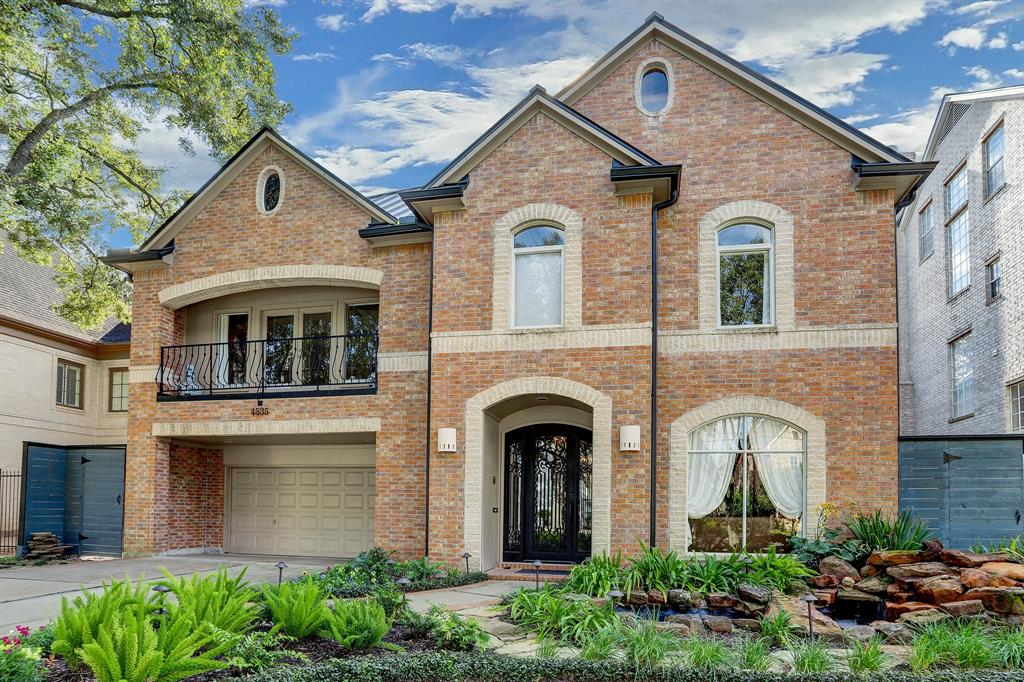 Beautiful brick traditional Bellaire home situated on the 4500 block inside The Loop and zoned to Horn Elementary, Pershing Middle and Bellaire High School!