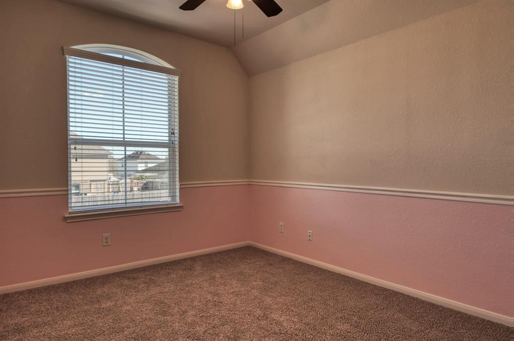 Bedroom #3 Upstairs complete with Ceiling Fan - Pretty in Pink!