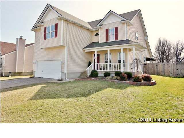 8008 Village Point Dr, Louisville, Kentucky image 1