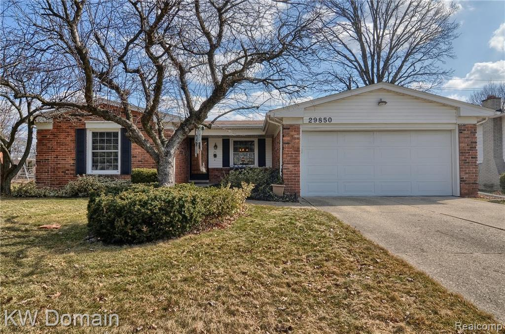 29850 N BEDFORD Street , Southfield, Michigan image 1