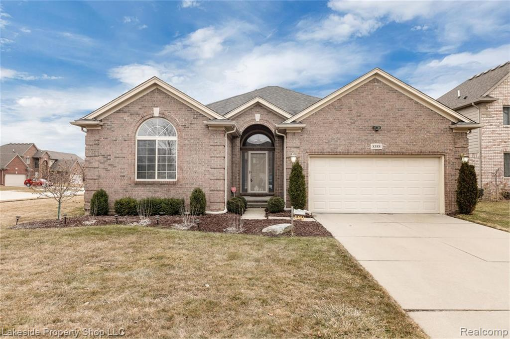 8388 GRETCHEN Drive , Sterling Heights, Michigan image 1