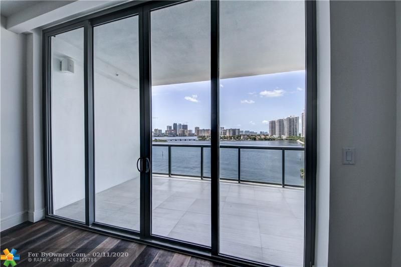 3300 NE 188th St #612, Aventura, Florida image 13