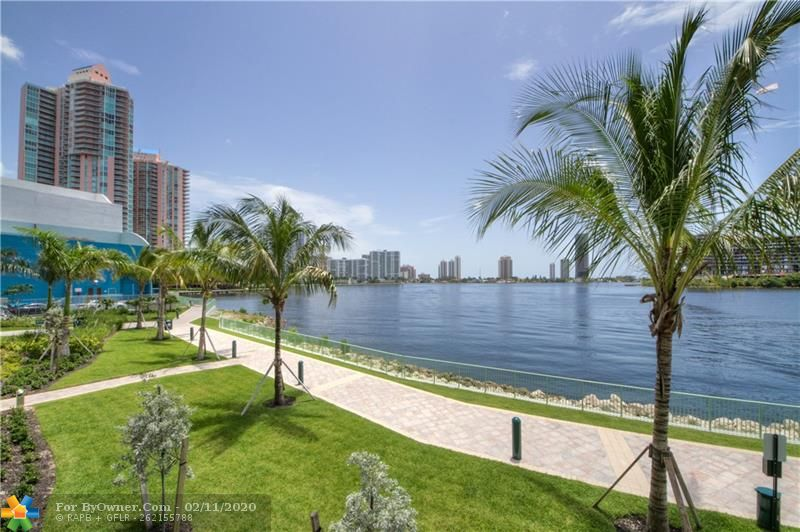 3300 NE 188th St #612, Aventura, Florida image 25