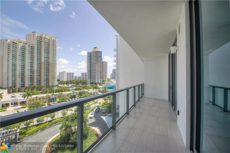3300 NE 188th St #612, Aventura, Florida image 6