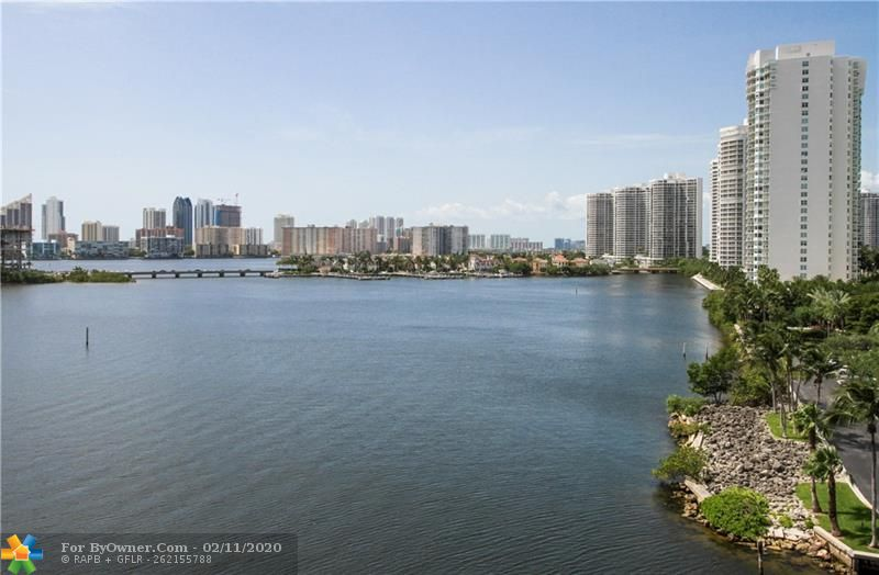 3300 NE 188th St #612, Aventura, Florida image 8