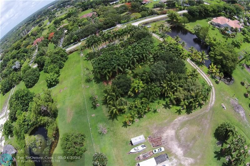 12800 Mustang Trail, Southwest Ranches, Florida image 4