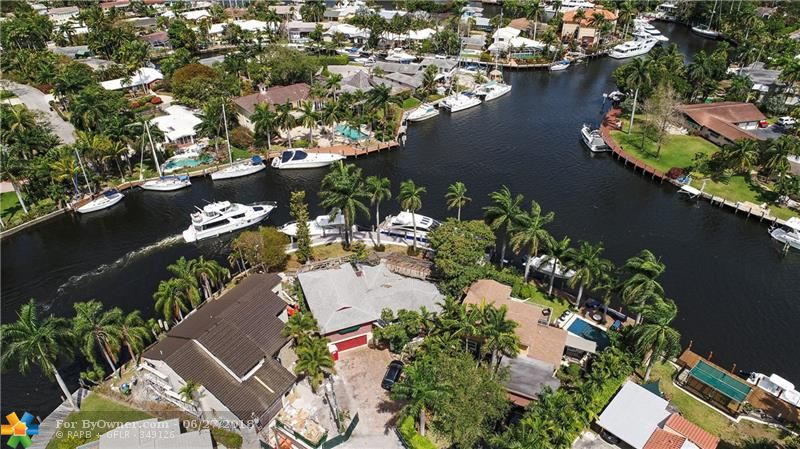 600 SW 8th Ter, Fort Lauderdale, Florida image 3