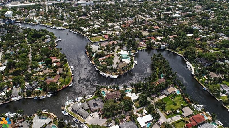 600 SW 8th Ter, Fort Lauderdale, Florida image 6