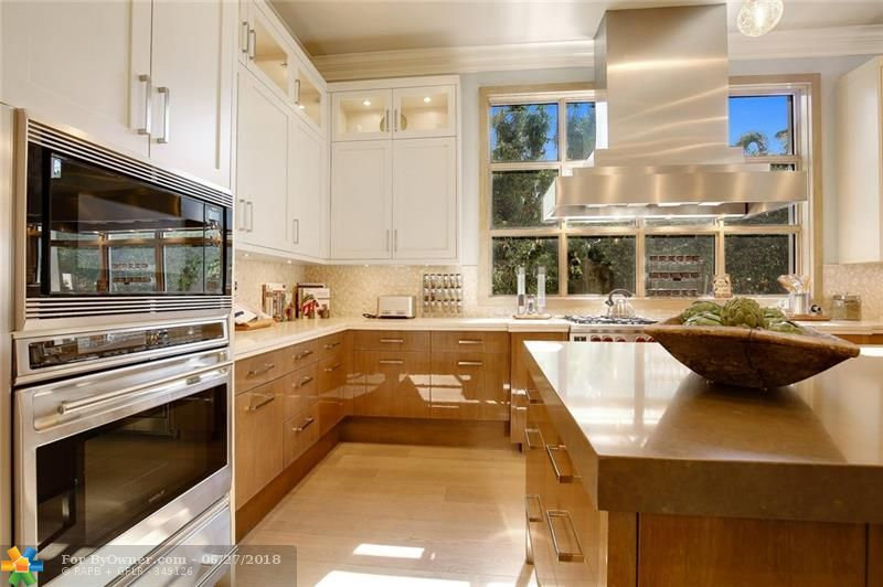 1331 E Lake Dr, Fort Lauderdale, Florida image 12