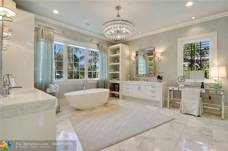 1331 E Lake Dr, Fort Lauderdale, Florida image 17