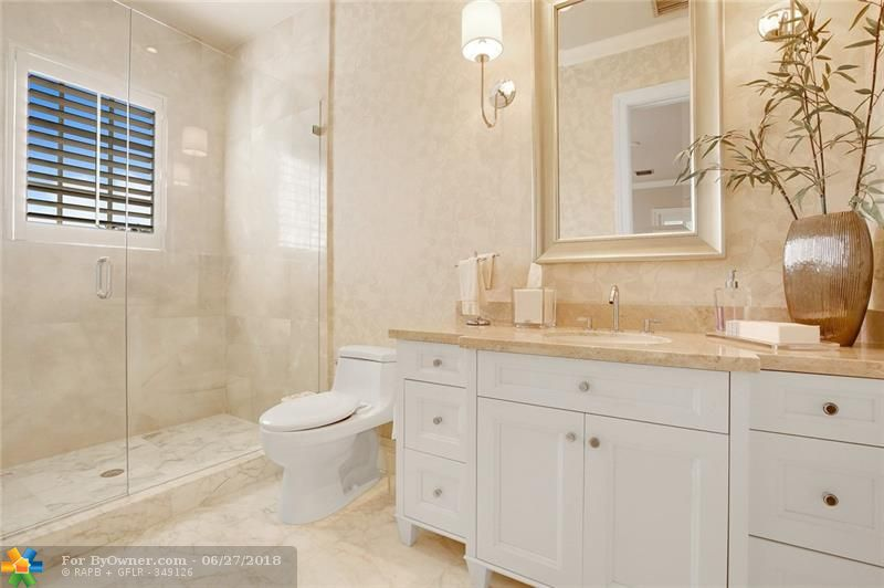 1331 E Lake Dr, Fort Lauderdale, Florida image 29