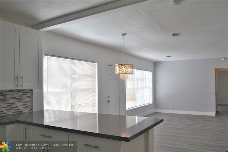 100 SW 30th Ave, Fort Lauderdale, Florida image 17