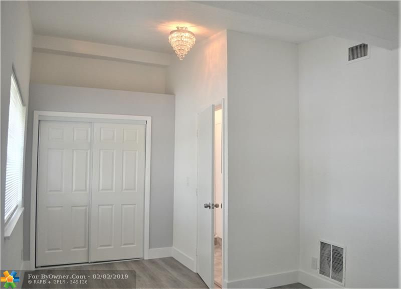 100 SW 30th Ave, Fort Lauderdale, Florida image 24