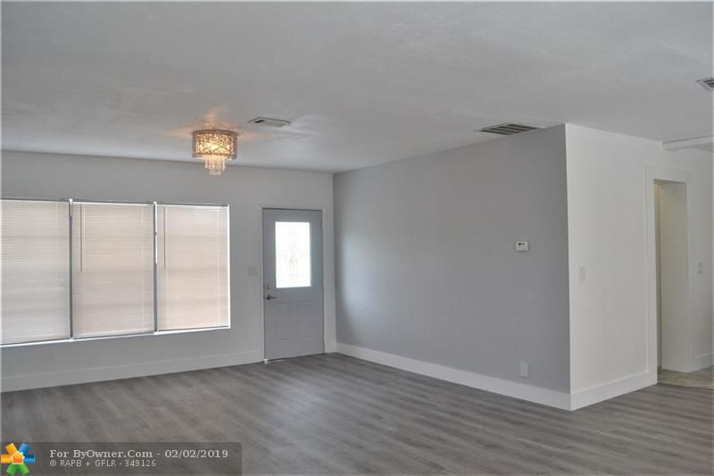 100 SW 30th Ave, Fort Lauderdale, Florida image 4