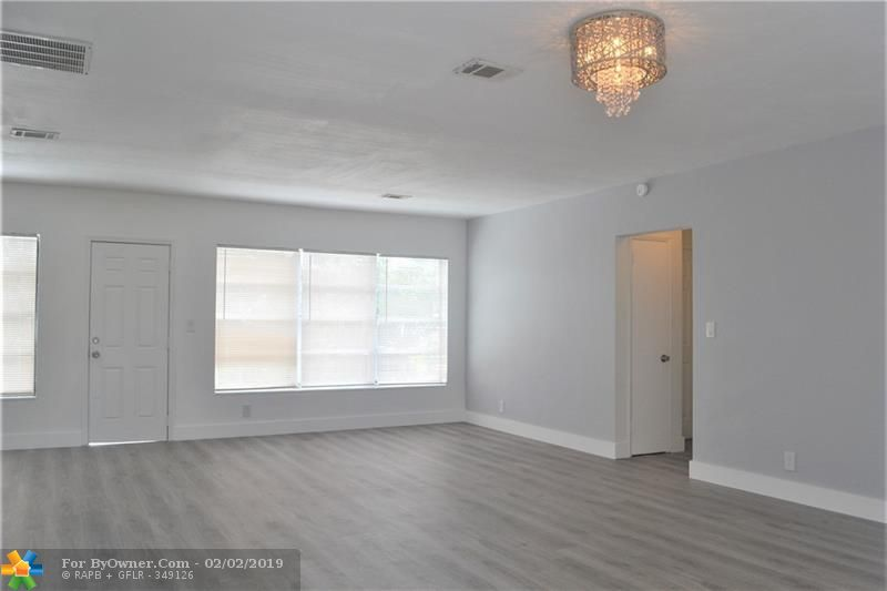 100 SW 30th Ave, Fort Lauderdale, Florida image 8