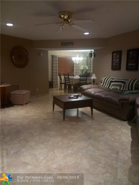 4270 NW 40th St #304, Lauderdale Lakes, Florida image 7
