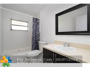 5014 NW 43rd St, Lauderdale Lakes, Florida image 4
