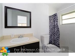 5014 NW 43rd St, Lauderdale Lakes, Florida image 5